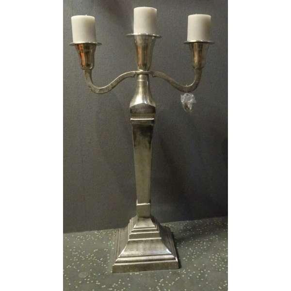 Cor Mulder dreiarmiger Kerzenständer aus Aluminium massiv